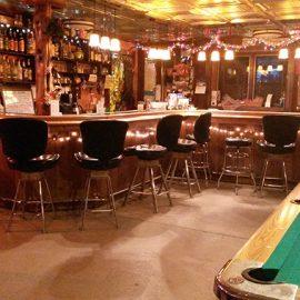 Mo's Bunker Bar (3)